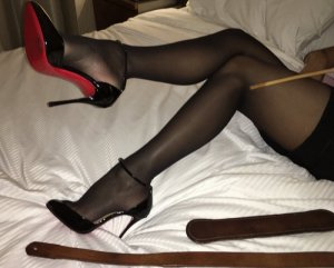 Anne-claude escort girl in New Franklin
