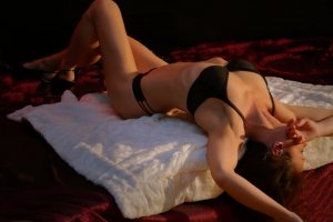 Flavie milf escort girl